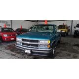 Chevrolet Silverado 6cil Standar