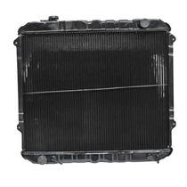 Radiador Tacoma 95-98 Aut 4 Y 6 Cil Cn