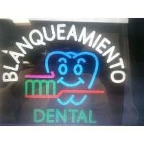 Anuncio Luminoso De Neón Para Dentista