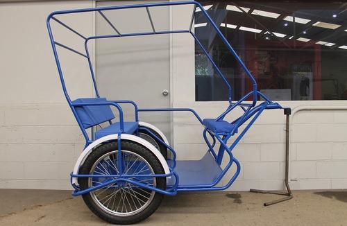 Bicitaxi O Mototaxi.