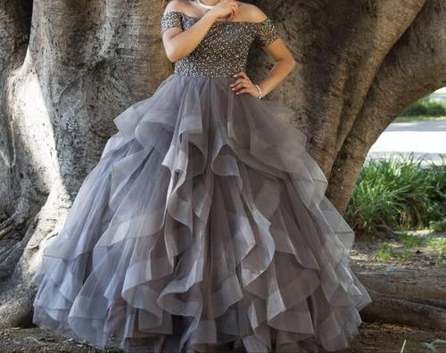 Lindo Vestido De Xv Años Talla S Color Grisplata Tiara En