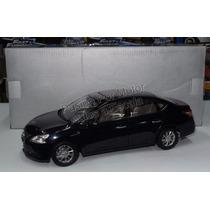 1:18 Nissan Sylphy Sentra 2012 Azul De Paudi