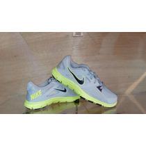 Tenis Nike Training Talla 24.5 Color Gris Verde