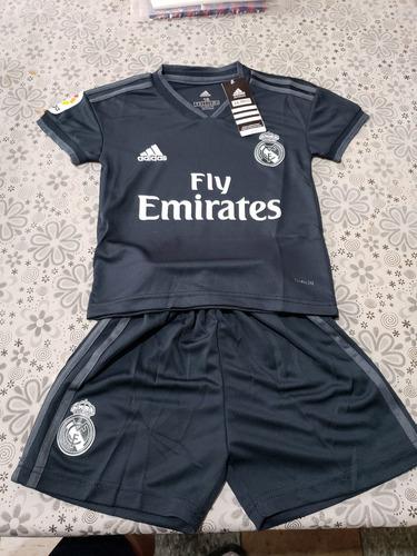 Nueva Playera Uniforme Niño Real Madrid Visita 2018-2019 -   550 en ... b658e2a2e646c