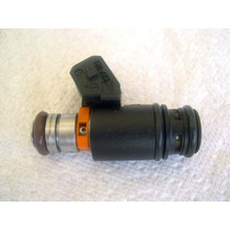 Inyector Combustible Vw Jetta Vr6 Golf Eurovan 97-03 Remanu