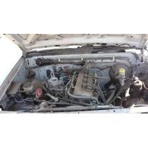 Nissan Np300 2012 Se Vende Por Piezas