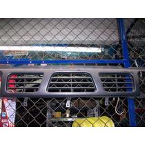 Parrilla Para Nissan Camioneta 94-