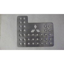 Juego Posapies Mitsubishi 4 Piezas Aluminio Troquelado