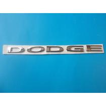 Emblema Dodge Attitude Dart Camioneta Nueva Generacion