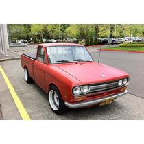 Molduras De Datsun 70 Pick Up Nuevas Curvas De Faros Y Cofre