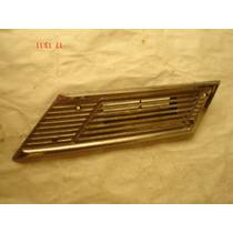 Rejilla O Moldura De Ventilacion Lateral Datsun 510 70 A 73