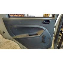 03 Ford Fiesta Vestidura De Puerta Trasera Chofer