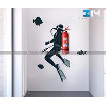 Vinilo Decorativo Buzo Porta Extintor 01 Calcomanía De Pared