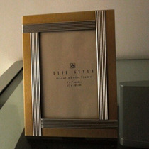 Porta Retrato De 5 X 7 Metal Dorado Y Plata
