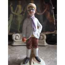 Figura De Joven Con Gafas Fabricado En Porcelana