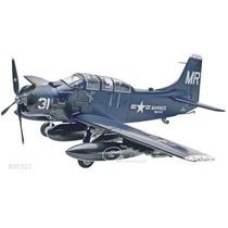 Avion Revell Skyraider Ad-5 A1e 1/48 Armar/ Tamiya Testors