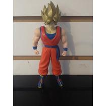 Figura Goku Super Saiyajin Fase 1 - Pixel Gamers-