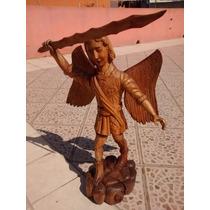 Angel-arcangel Finamente Tallado En Madera Fina De Cedro