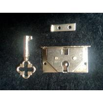Cerradura De Baul Antiguo , Pequeña 3 X 2 Cm