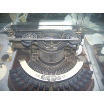 Maquina De Escribir Muy Antigua