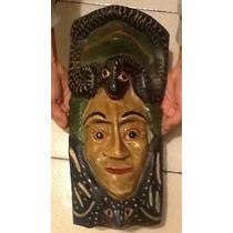 Máscara Figura En Madera