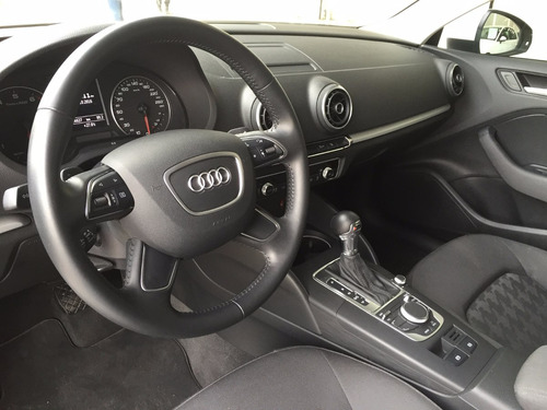 Audi A3 Sedan Ambiente 1.4t 2106