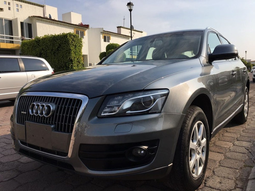 Audi Q5 Luxury Acero
