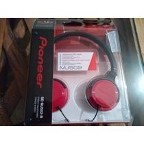 Audifonos Pioneer Se-mj502 Aislantes De Sonido Color Rojo