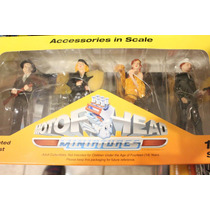 Set De Figuras Motor Head Escala 1:18