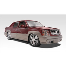 Revell 85-2092 1/24 Cadillac Escalade Ext Plastic Model Kit