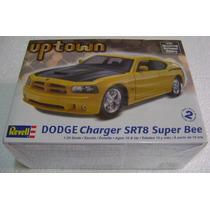 Auto Dodge Charger Srt8 Super Bee Revell Esc.1/25 Nuevo
