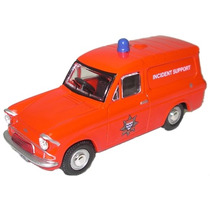 Diecast Model - Oxford 1:76 Fuego Van Anglia Incidentes