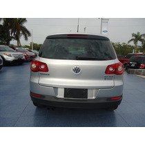Volkswagen Tiguan 2010 5p Track & Fun 4 Motion Tiptronic Cl