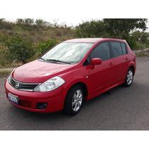 Tiida Hatchback Premium T/a 1.8 Lts Servicios De Agencia
