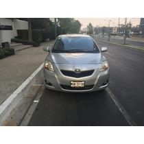 Toyota Yaris Sedan Premium 2010 En Óptimo Estado