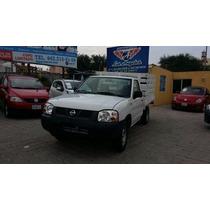 Nissan Estacas 2013