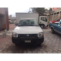 Nissan Estacas Redilas Blanca 2014