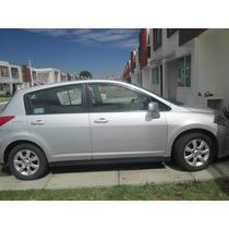 Tiida Premium Hatchback 5 Puertas