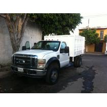 Camioneta Ford Super Duty 450 Blanca