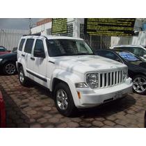 Jeep Liberty Sport 4x2 Aut 2013 Blanca $ 258,000.00