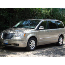 Chrysler Town & Country Limited 2009 Dorada