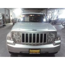 Jeep Liberty 2013 Sport Piel 4x2 $ 250,000