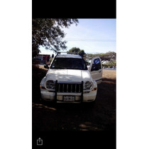 Jeep Liberty 5p Limited Aut 4x4 2005