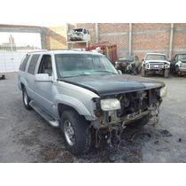 Yukon Denali 1999 Chocada ,motor Vortec V8,4x4,automatica