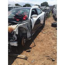 Charguer 2014 V8 Accidentado Solo Por Partes