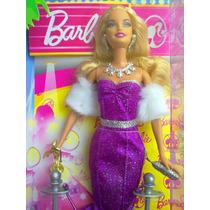 Barbie Alfombra Roja Con Oscar Vestido Morado