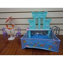 Barbie Tamaño Dollhouse Fuente De Agua Muebles- Y Piscina Se
