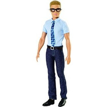Barbie En Princesa Power Reportero Doll