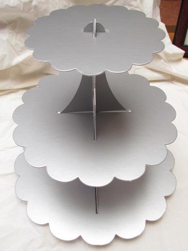 Pin exhibidor de pico dulce cake on pinterest - Bases para cupcakes ...