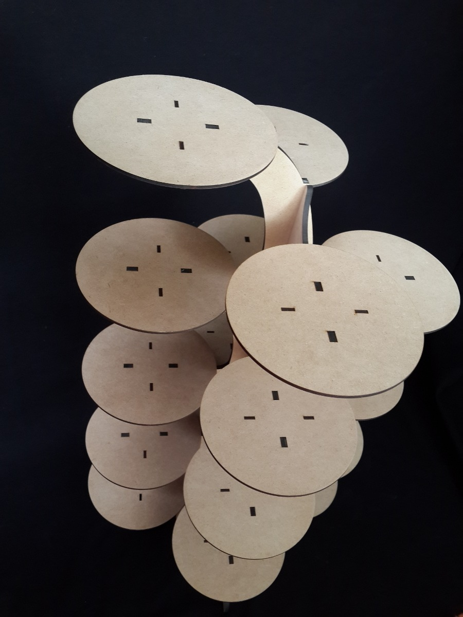 Base para cupcakes muffins panques centro de mesa mdf for Bases para mesas de centro